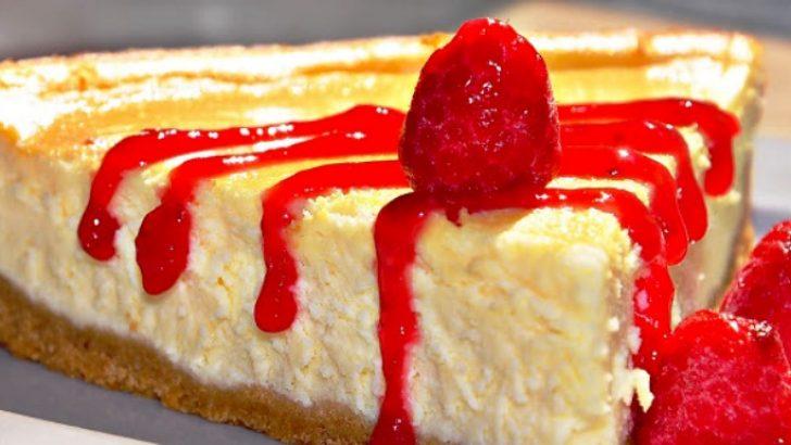 Lorlu Frambuaz Soslu Cheesecake