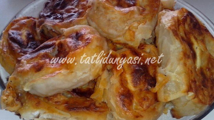 Patatesli Peynirli Gül Böreği
