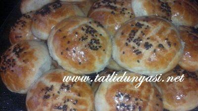 Çörek Otlu Peynirli Poğaça
