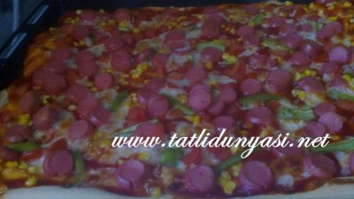 Sosisli Pizza