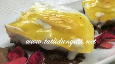 Bisküvi Tabanlı Jöleli Pasta