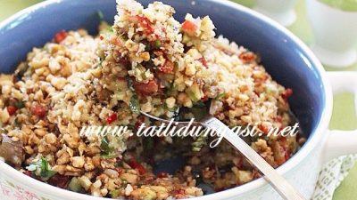 Köz Patlıcanllı Gavurdağı Salatası