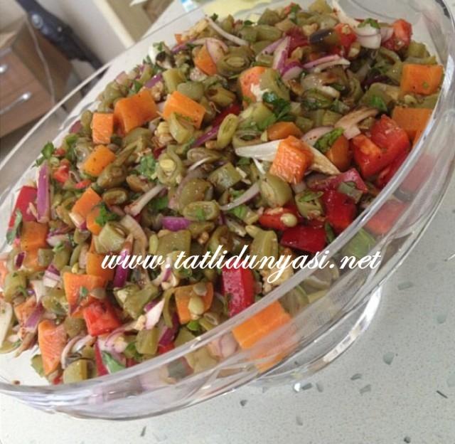 taze-fasulye-salatasi-tarifi