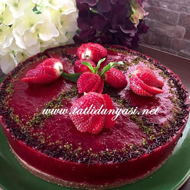cilekli-cheesecake-tarifi