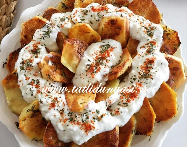 Yoğurtlu Fırında Patates