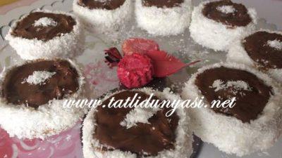 Yulaflı Bisküvili Mini Pasta
