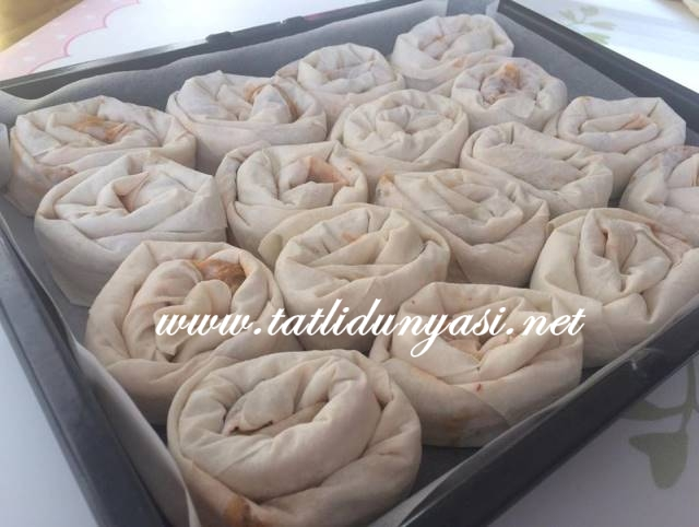 pirasali-gul-boregi-tarifi
