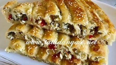 Tereyağlı Peynirli Börek